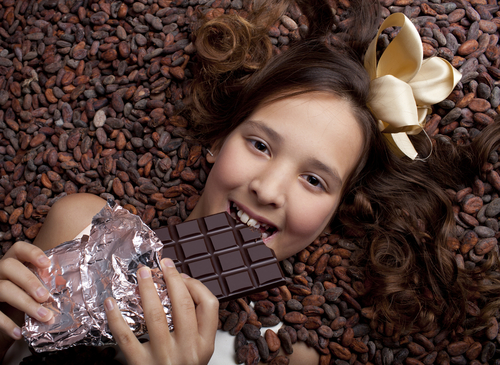girl-with-chocolate