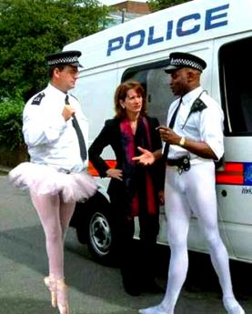 173-0417112829-gay-cops
